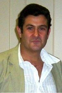 بول سوسمان، مؤلف الرواية